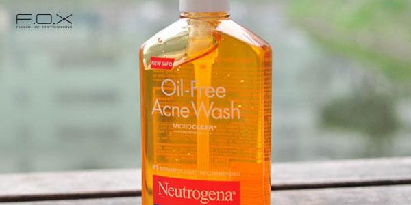 Sữa rửa mặt se lỗ chân lông Neutrogena Oil Free