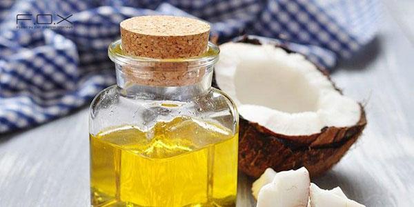 Cách trị sưng môi với tinh chất dầu dừa