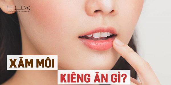 Giải đáp thắc mắc xăm môi kiêng ăn gì bao lâu?