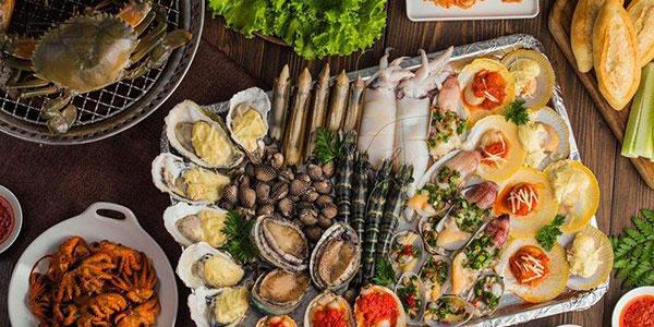 Không nên ăn hải sản sau khi phun xăm môi