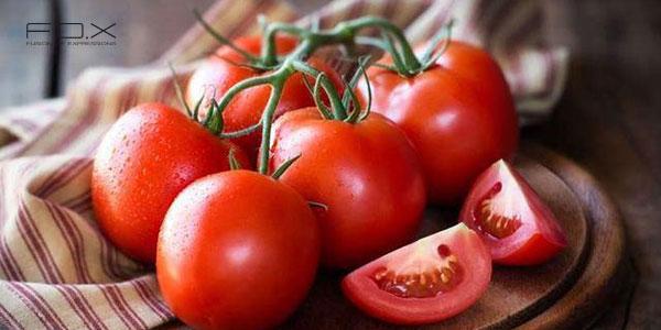Nên ăn cà chua sau khi phun xăm môi