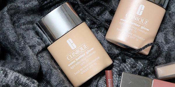 Kem nền Clinique Even Better Glow Light Reflecting Makeup