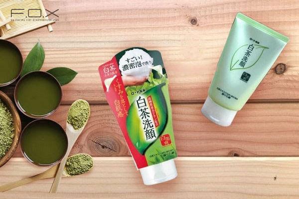 Sữa rửa mặt cho da khô của Nhật Rohto Shirochasou Green Tea Foam