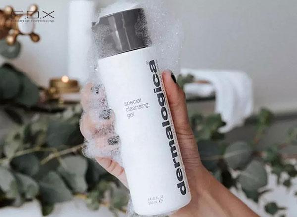 Sữa rửa mặt cho da khô nhạy cảm Dermalogica Special Cleansing Gel